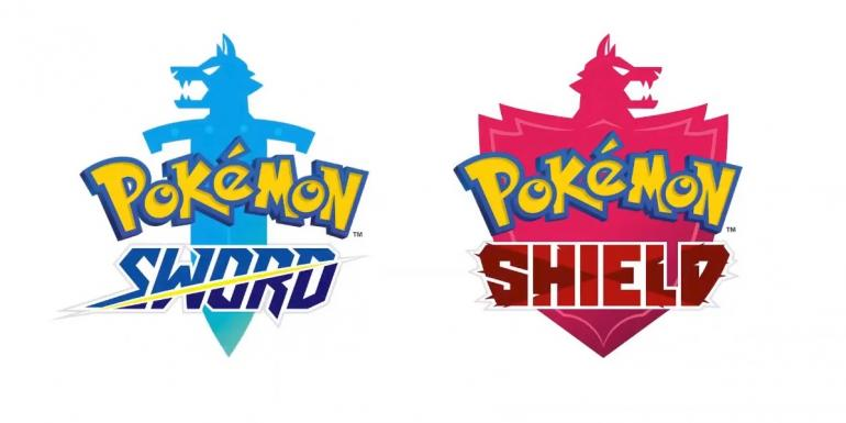 Mewtwo, Squirtle, Charmander, and Bulbasaur make their way to Pokémon Sword and Shield