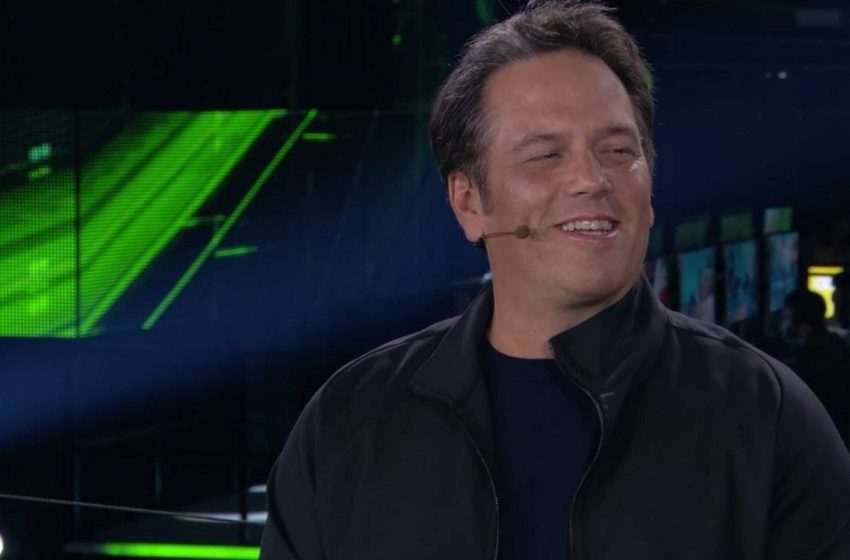 """Xbox One's Launch Best Aspect Was """"Launch Titles"""", Worst Was """"Delay In Few Region"""" Explains Spencer"""